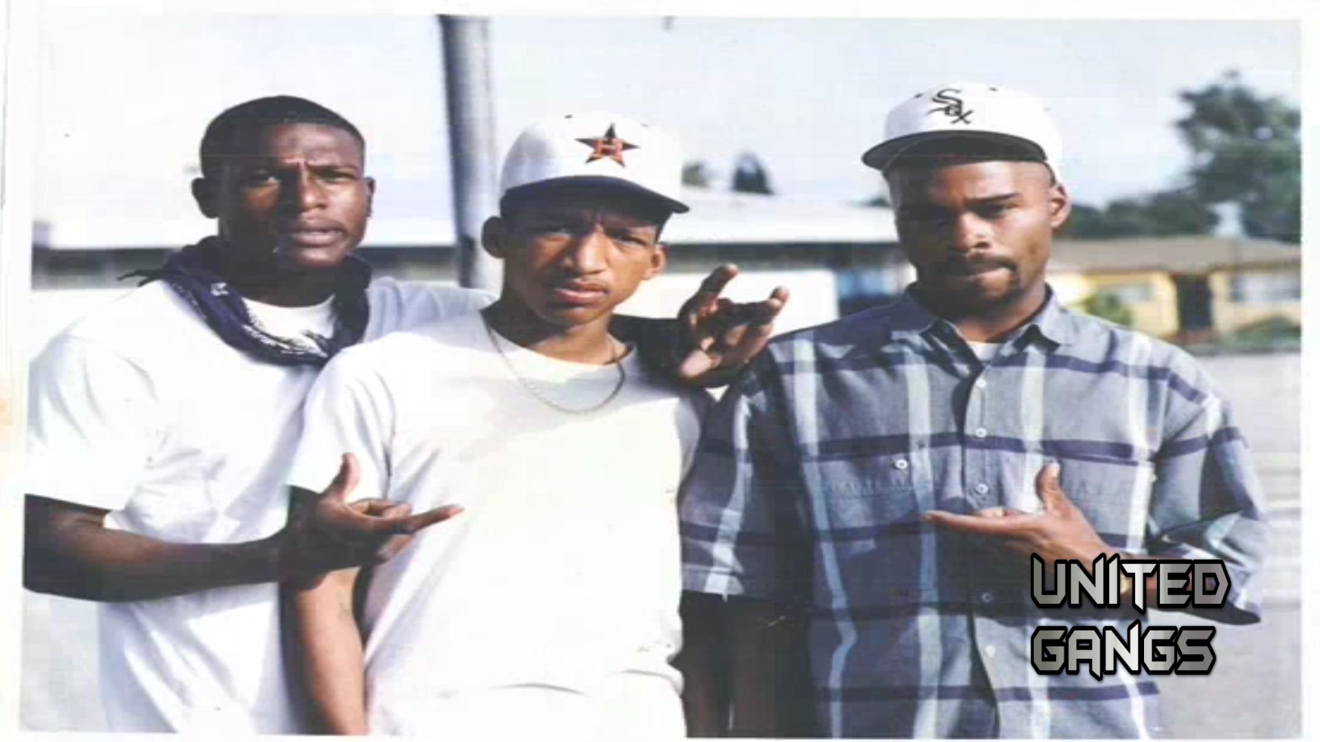 Poccet Hood Compton Crips